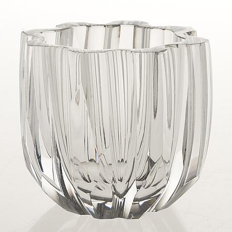 A tapio wirkkala glass vase model 3272, signed tapio wirkkala iittala.