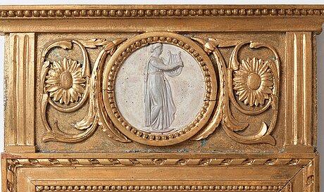 A gustavian one-light girandole mirror, late 18th century.