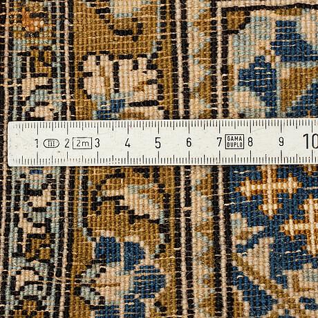 Matta, old ghom, part silk ca 113 x 70 cm.