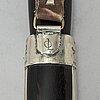 Kniv, signerad ol, (olle larsson). daterad 72 (1972).