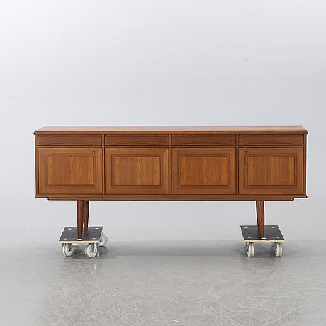Sideboard, nordås bruk a/s, nesttun, norge, 1900-talets mitt.