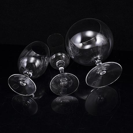 "26 glasses, ""contemplation"", ulla christiansson, Älghults glasbruk."