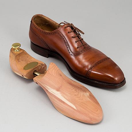 Crocket & jones, brogues, chestnut burnished calf leather sole, england, size 45.