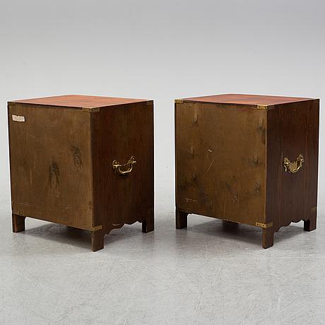 SÄngbord, ett par, england, sent 1900-tal.