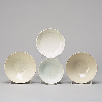 A group of four bowls, part Song dynasty (960-1279).