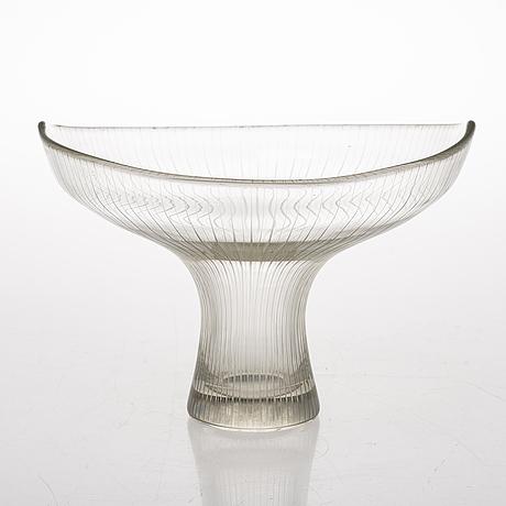 A tapio wirkkala glass vase, signed tapio wirkkala iittala -58.