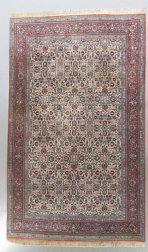 An old isfahan carpet ca 354 x 254 cm.