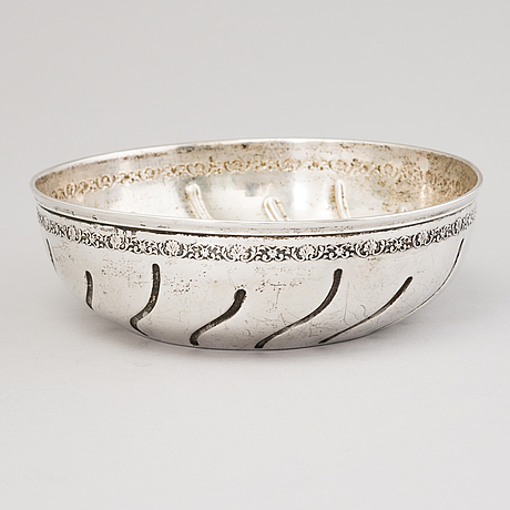 A silver bowl by möllenborg stocholm, sweden 1902.