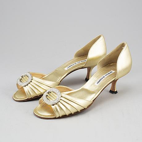 Manolo blahnik, open-toe shoes, size 38.