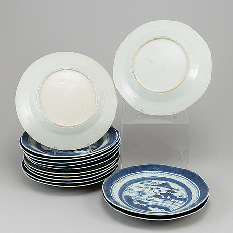 14 blue and white export porcelain plates, qing dynasty, jiaqing.
