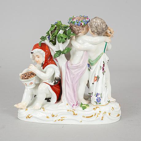 Meissen, a porcelaine figurine.