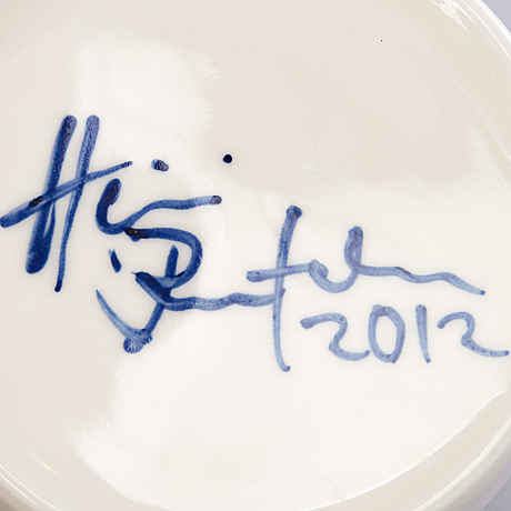 """Heini riitahuhta, rasia, posliinia, """"linturasia"""", signeerattu heini riitahuhta 2012."""