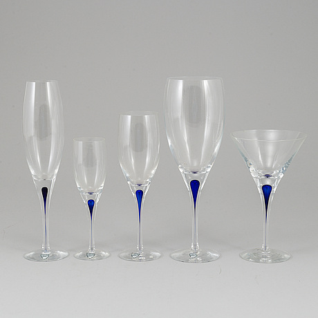 Erika lagerbielke, 82 'intermezzo' glasses, orrefors.