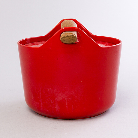 Timo sarpaneva, a pot for rosenlew in finland, the latter half of 20th century.