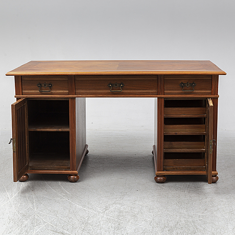 A late 1800's desk.