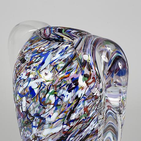 Bertil vallien, a glass vase, kosta boda, signed.
