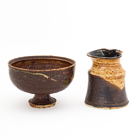 Kyllikki salmenhaara, a ceramis sugarbowl and cream jug signed ks arabia.