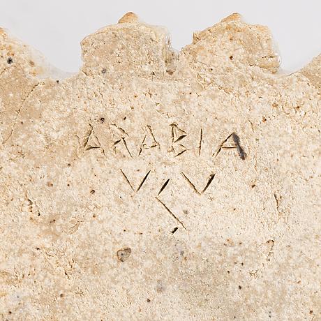 Sakari vapaavuori, skulptur, stengods signerad vsv arabia.