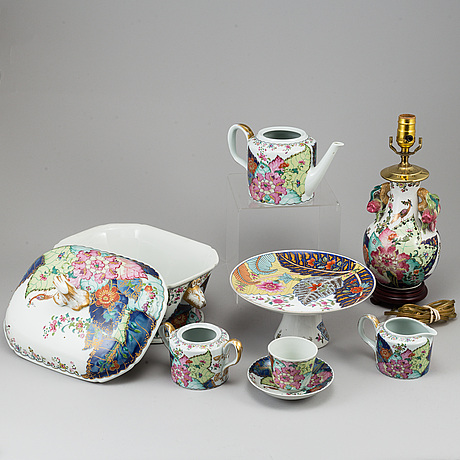 A part 'tobacco leaf' porcelain dinner and coffee service, mottahedeh collection, 20th century (47 pieces).