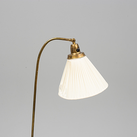 A mid 20th century standard light.