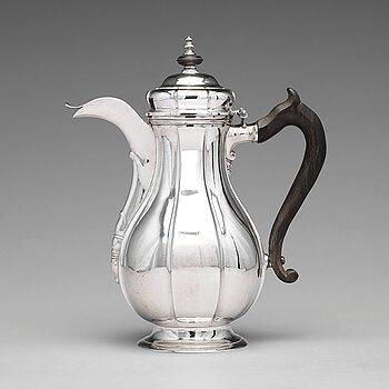 176. A Baltic 18th century silver coffee-pot, mark of Johann Diedrich Rehwald, Riga (1738-1781(-1793)).
