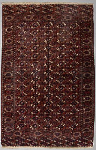 Antique tekke turkmen, ca 432 x 229 cm.
