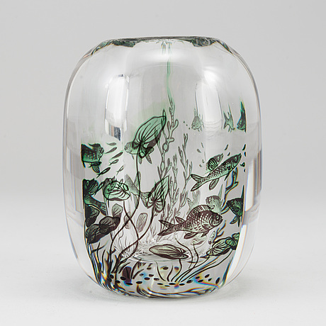 Edward hald, a 'fiskgraal' glass vase from orrefors.