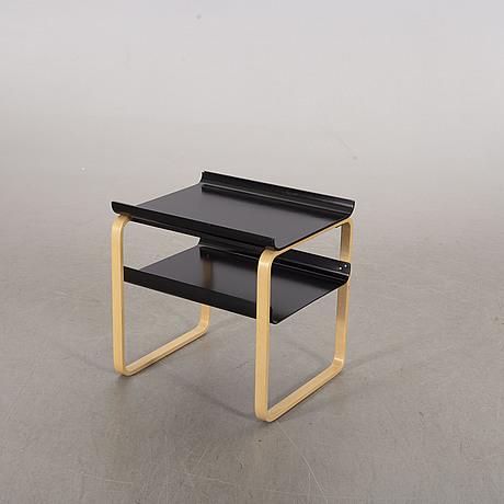 Side table model 915 for artek, finland, 2008. model designed in 1932.
