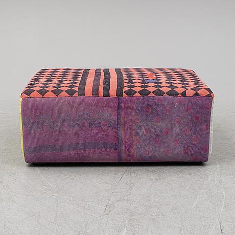 Hay 'antique quilt ottoman'.
