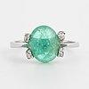 Ring, med cabochonslipad samaragd och 4 st  8/8 diamanter,