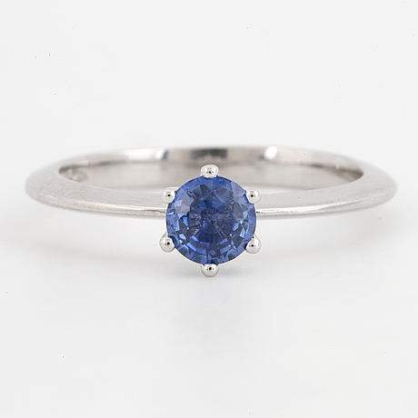 14k white gold and sapphire ring.