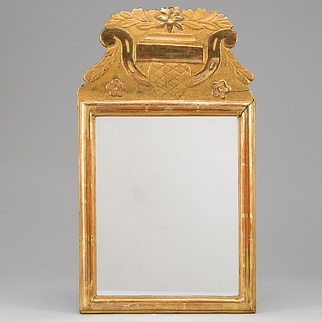 Spegel, sengustaviansk, omkring år 1800.