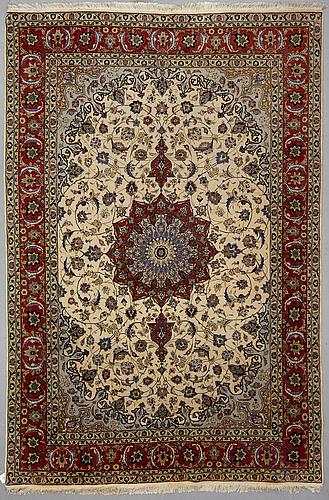 A carpet, old tabris, part silk, ca 301 x 201 cm.