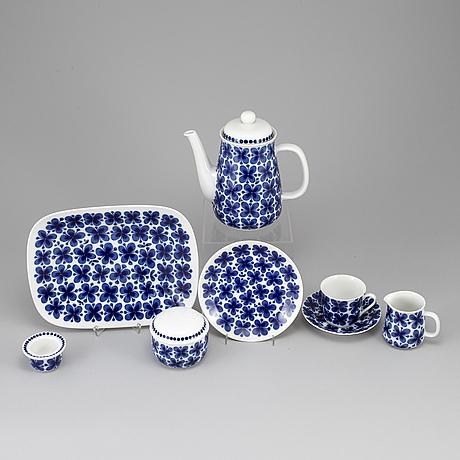 Marianne westman, a 51 pieces porcelaine servis 'mon amie, rörstrand.