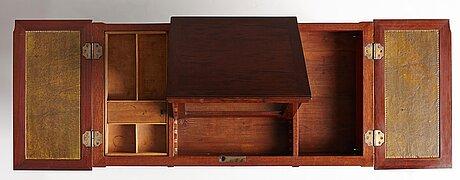 Bord sk poudreuse, sengustavianskt stockholmsarbete, 1700-talets slut.