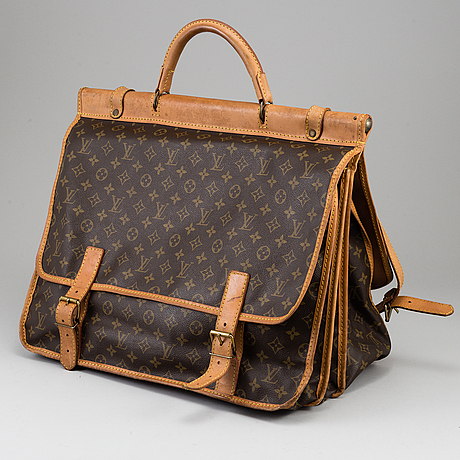 Louis vuitton, a 'sac chasse kelber'.