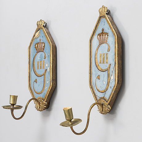 A pair of late 18th-century gustavian wall scones.