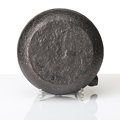 A large cast iron tea pot with cover, japan, meiji period (1868-1912). interior of cover with signature.
