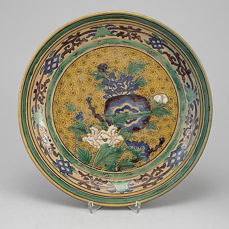 A japanese kokutani dish, 19th century.