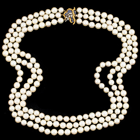 3 strand cultured pearl necklace.
