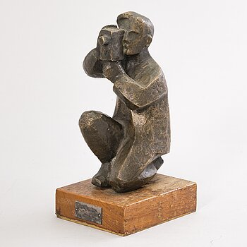 ENSIO SEPPÄNEN, bronze sculpture, signed and dated-63 (on the base).