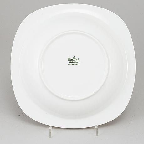 Timo sarpaneva, 14 porcelain 'suomi' dishes, rosenthal studio-linie, designed 1976.