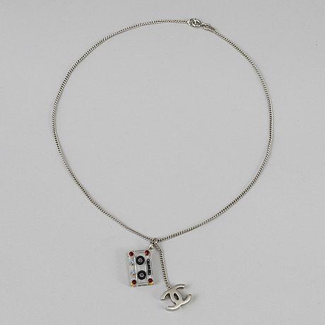 Chanel halsband, våren 2004.