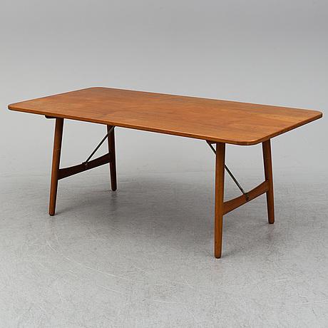 BØrge mogensen, a 'hunting table' teak dining table.