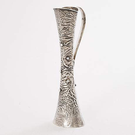 Kaadin, hopeaa, samodorok-tekniikkaa, hämeenlinna 1972.