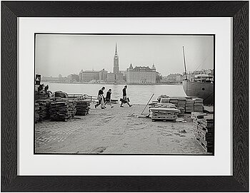 CARL JOHAN DE GEER, photograph signed and numbered 5/20 and dated 2011 on the back of the frame.