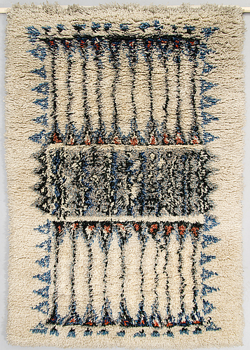 A 1960's long pile finnish ryijy rug designed by aini suomi for sylvi salonen.  circa 168x111 cm.