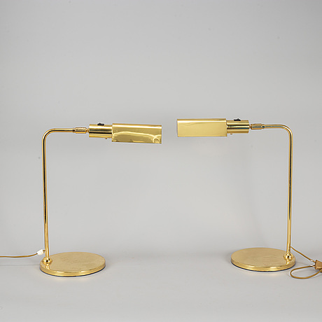 A pair of brass table lamps, late 1900.