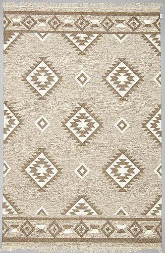 A carpet, flat weave, ca 309 x 204 cm.