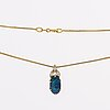 Pendant and chain 18k gold 1 opal approx 11 x 6 mm and 3 marquise-cut diamonds approx 0,20 ct in total.